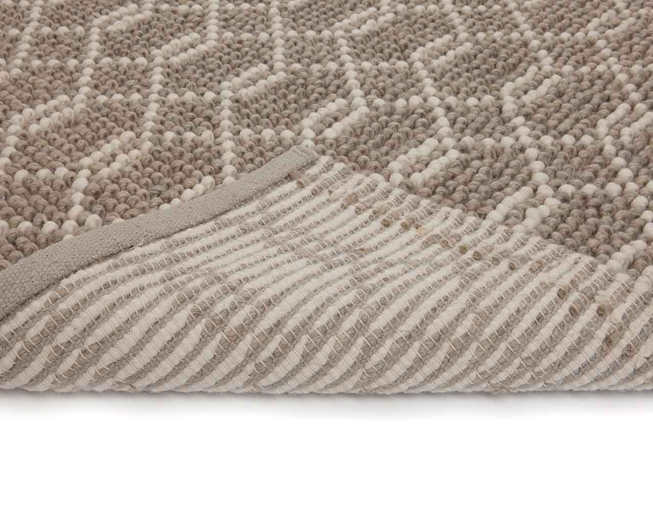 yarn textile folded carpet layer durable carpets from india 1