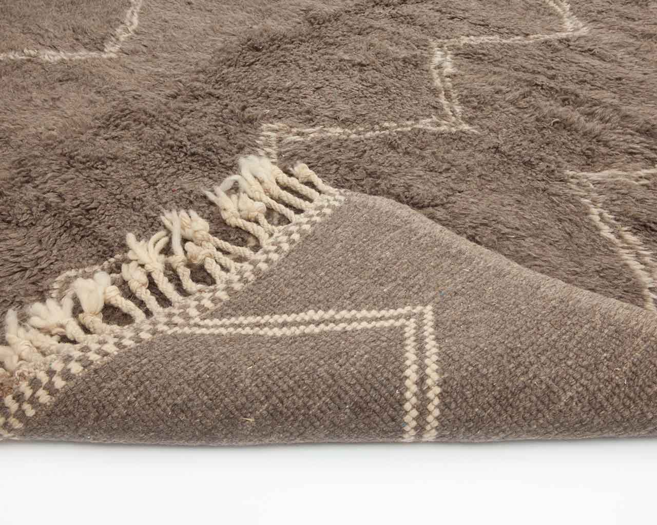 rectangle rugs backing grey white colours 1