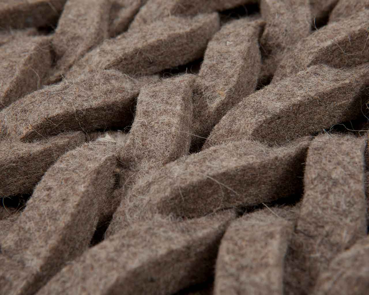 soft braided wool felt carpets interiordesigner 1